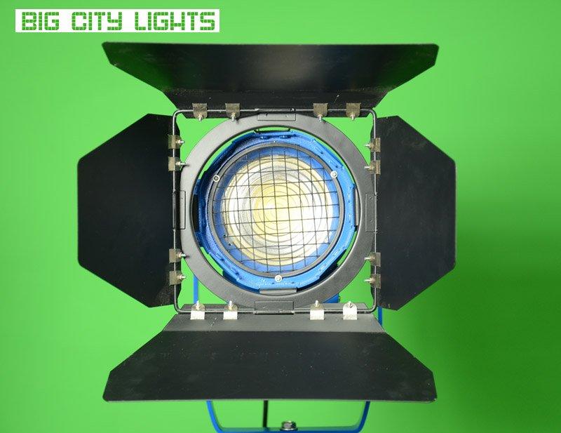 battery, canada, film, fresnel, LED, LEDGO, lighting, photo, powered, v-lock, video