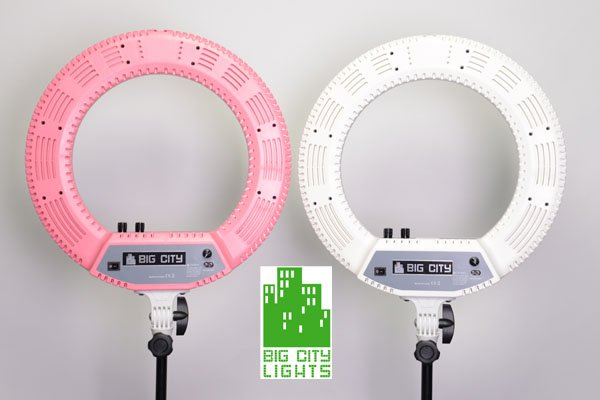 Ultimate Diva Ringlight Light by Big City Lights based in Toronto, Canada