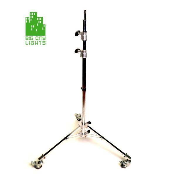 Light stand with wheels - chrome